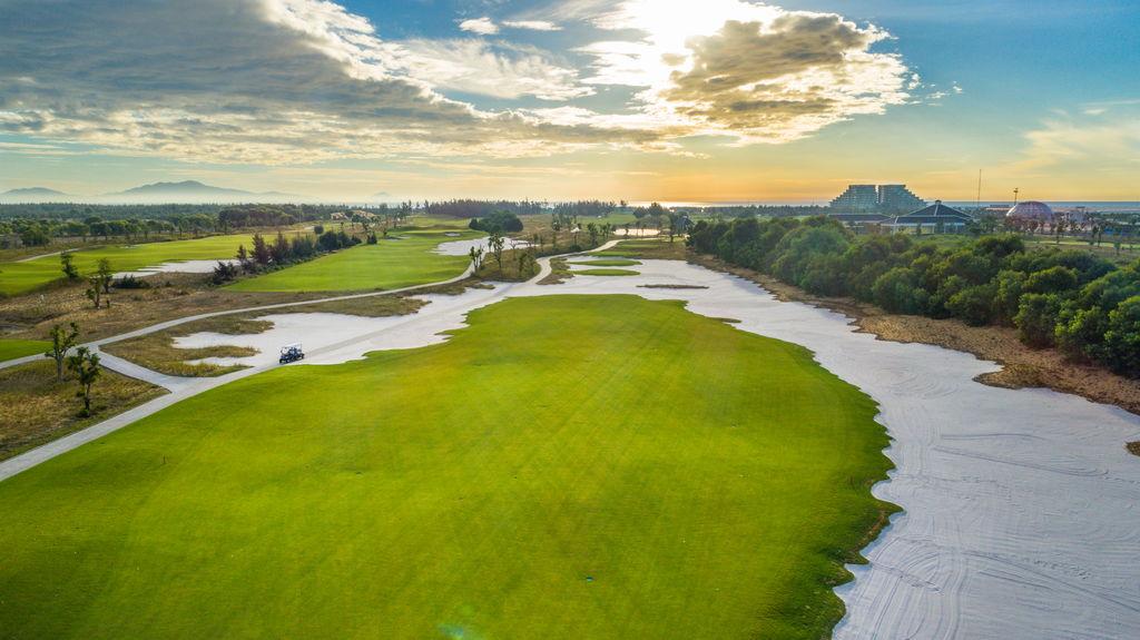 Golf tour in Ho Chi Minh & Danang